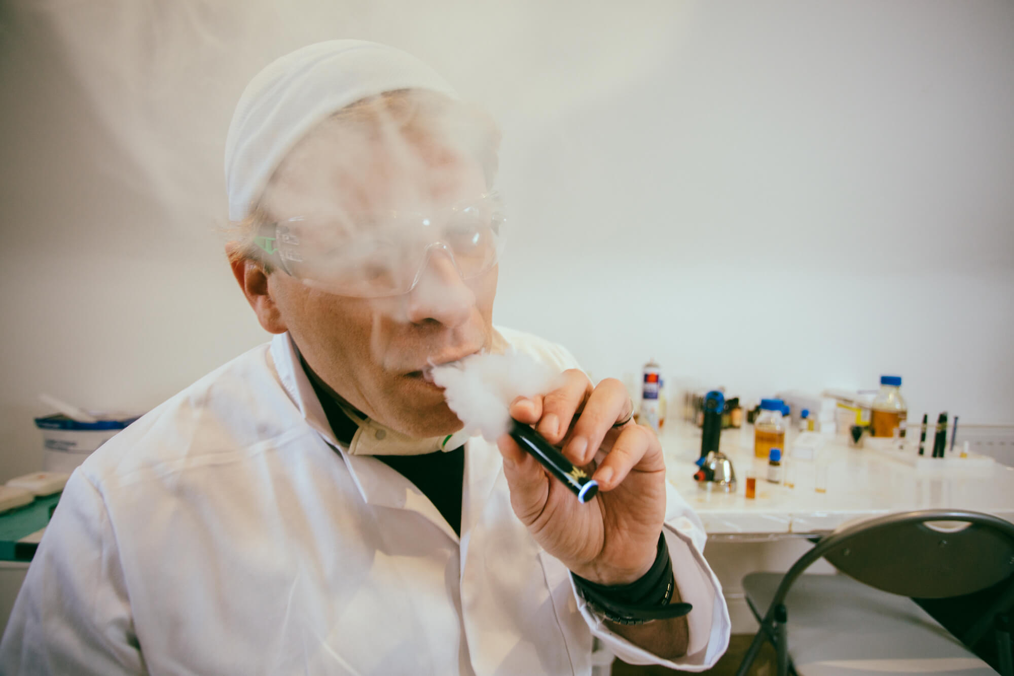 5 Things You Should Know Before Vaping CBD Oil