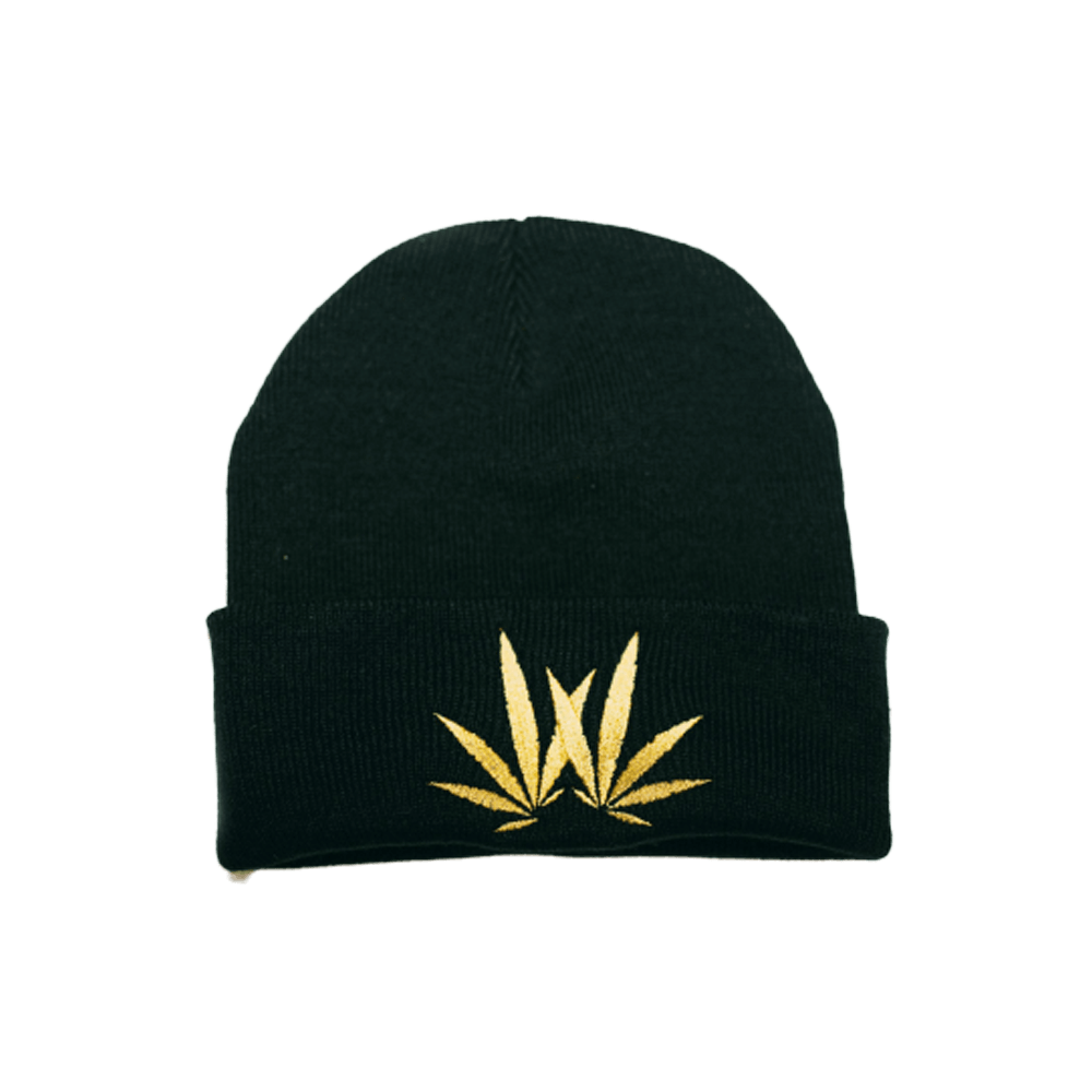woodies beanie leaf logo
